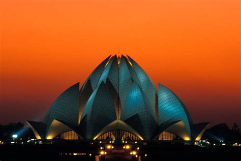 Lotus Temple Historical Facts and Pictures | The History Hub